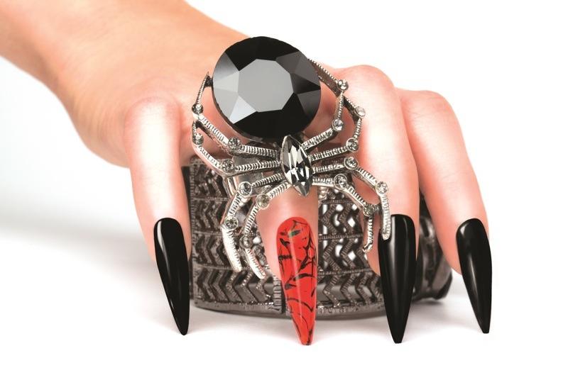 Morgan Taylor - Halloween Manicure