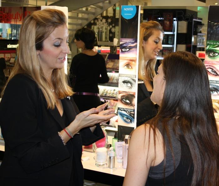 La decolorazione di crema per il viso a lentiggini e pigmentazione