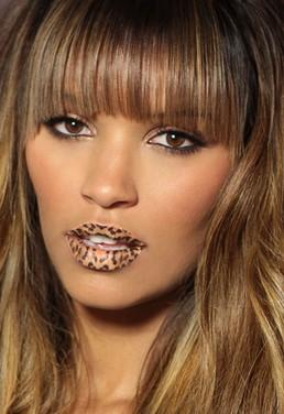 violent-lips1