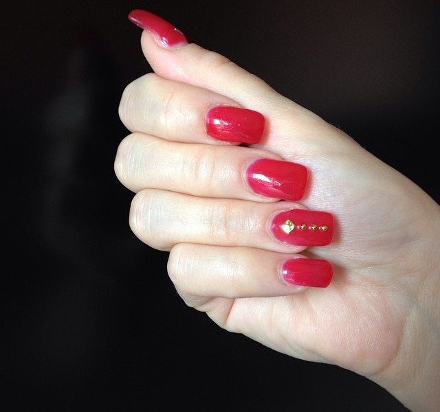unghie-rosso